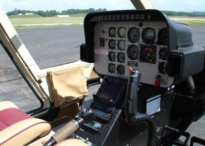 Bell-206B-Dart-avionics