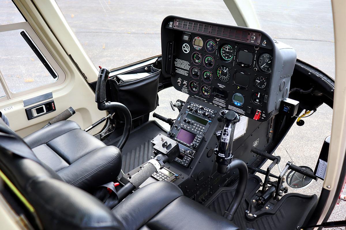 Eagle Copters 407HP Heli Express Avionics PIlot Side